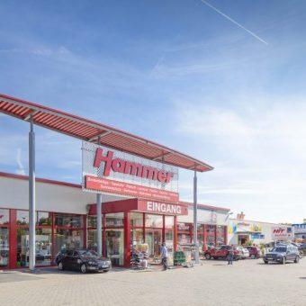 ILGFondsNr31FachmarktzentrumEuskirchenAussenansicht10-500x500